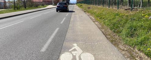 stationnement route de Prévessin